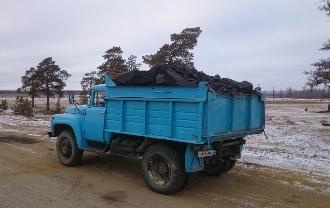 Вывоз мусора ЗИЛом